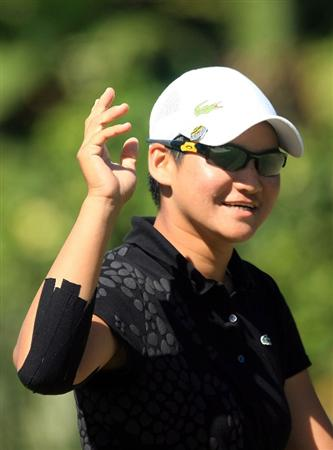 WEST PALM BEACH, FL - NOVEMBER 20:  Yani Tseng of Taiwan celebrates an eagle putt on the third hole during the first round of the ADT Championship at the Trump International Golf Club on November 20, 2008 in West Palm Beach, Florida.  (Photo by Scott Halleran/Getty Images)