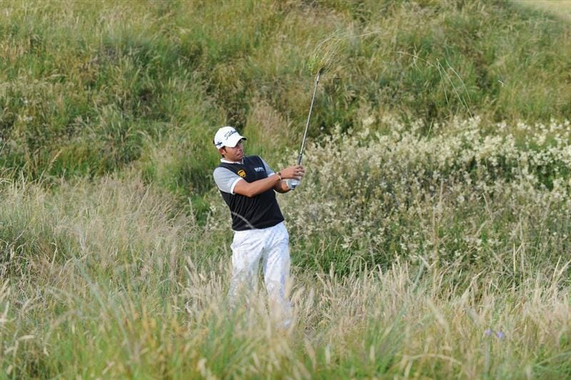 TURNBERRY, SCOTLAND - JULY 16:  Pablo Larrazabal of Spain hits from the rough during round one of the 138th Open Championship on the Ailsa Course, Turnberry Golf Club on July 16, 2009 in Turnberry, Scotland.  (Photo by Harry How/Getty Images)