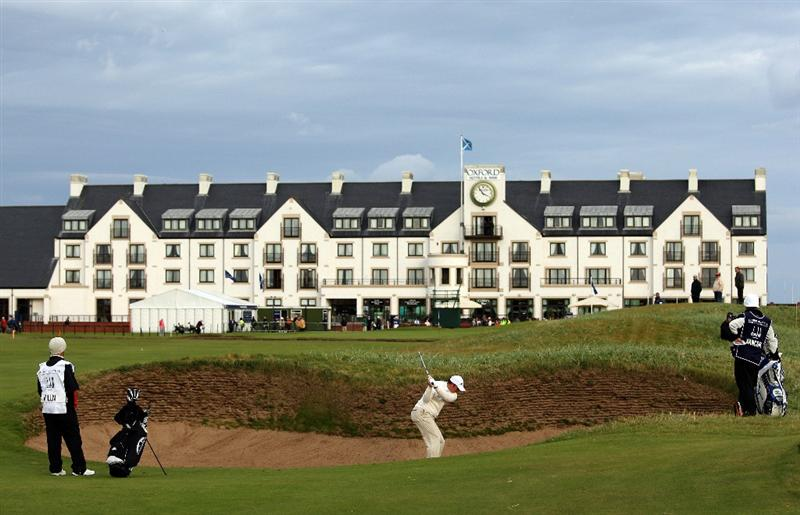 CARNOUSTIE, SCOTLAND - OCTOBER 01:  Daniel Vancsik of Argentina plays out of the bunker on the 18th hole during the first round of The Alfred Dunhill Links Championship at Carnoustie Golf Club on October 1, 2009 in Carnoustie, Scotland. (Photo by Ross Kinnaird/Getty Images)