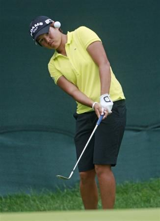 ROGERS, AR - SEPTEMBER 12:  Yani Tseng chips to the 18th green during second round play in the P&G Beauty NW Arkansas Championship at the Pinnacle Country Club on September 12, 2009 in Rogers, Arkansas.  (Photo by Dave Martin/Getty Images)