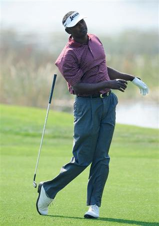 PALM BEACH GARDENS, FL - MARCH 06:  Vijay Singh of Fiji loses his club on the 6th hole during the third round of the Honda Classic at PGA National Resort And Spa on March 6, 2010 in Palm Beach Gardens, Florida.  (Photo by Sam Greenwood/Getty Images)