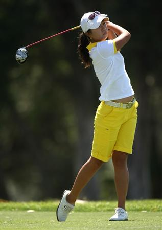RANCHO MIRAGE, CA - APRIL 03:  Ji Young Oh of  Korea hits her tee shot on the sixth hole during the second round of the Kraft Nabisco Championship at Mission Hills Country Club on April 3, 2009 in Rancho Mirage, California.  (Photo by Stephen Dunn/Getty Images)