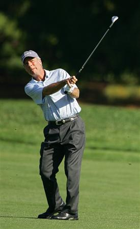 TIMONIUM, MD - OCTOBER 10:  Ben Crenshaw plays a fairway shot during the second round of the Constellation Energy Senior Players Championship at Baltimore Country Club East Course held on October 10, 2008 in Timonium, Maryland  (Photo by Michael Cohen/Getty Images)