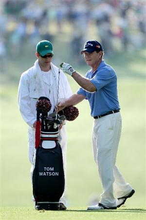 AUGUSTA, GA - APRIL 08:  Tom Watson pulls a club on the first hole during the first round of the 2010 Masters Tournament at Augusta National Golf Club on April 8, 2010 in Augusta, Georgia.  (Photo by Andrew Redington/Getty Images)
