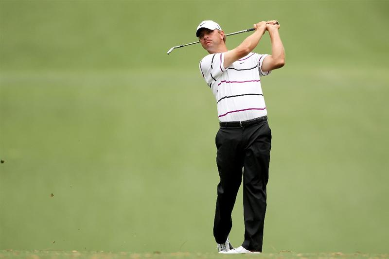 AUGUSTA, GA - APRIL 08:  Lucas Glover plays his second shot on the first hole during the first round of the 2010 Masters Tournament at Augusta National Golf Club on April 8, 2010 in Augusta, Georgia.  (Photo by Andrew Redington/Getty Images)