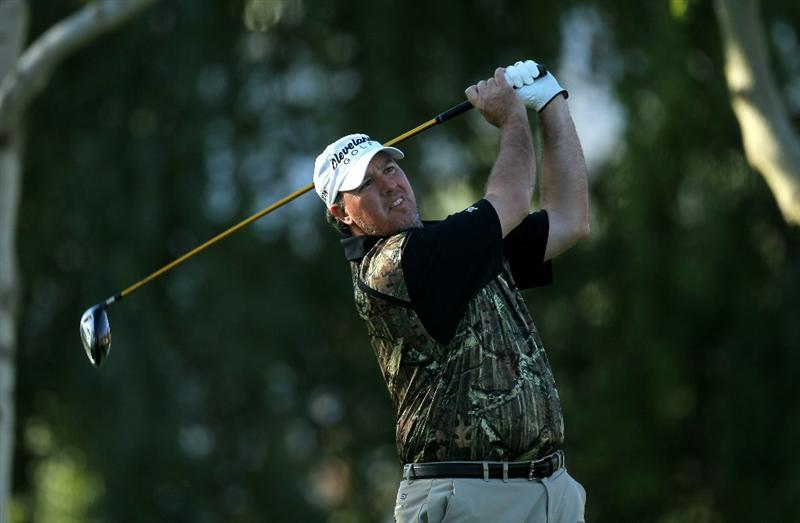 LA QUINTA, CA - JANUARY 19:  Boo Weekley hits his tee shot on the second hole during round one of the Bob Hope Classic at the Palmer Private Course at PGA West on January 19, 2011 in La Quinta, California. (Photo by Stephen Dunn/Getty Images)