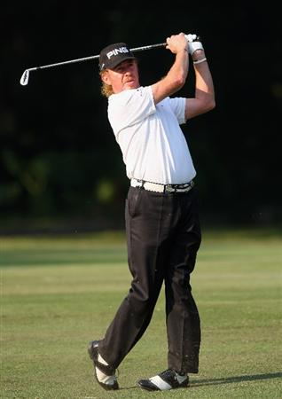 HONG KONG, CHINA - NOVEMBER 20:  Miguel Angel Jimenez of Spain plays his approach shot on the 15th hole during the first round of the UBS Hong Kong Open at the Hong Kong Golf Club on November 20, 2008 in Fanling, Hong Kong.  (Photo by Stuart Franklin/Getty Images)