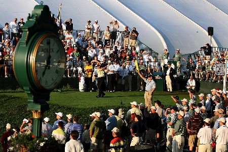 OAKMONT, PA - JUNE 14:  Ken Duke hits the first tee shot to start the first round of 107th U.S. Open Championship at Oakmont Country Club on June 14, 2007 in Oakmont, Pennsylvania.  (Photo by David Cannon/Getty Images)