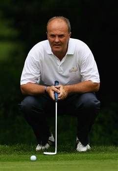 NORTHAMPTON, UNITED KINGDOM - MAY 30:  Glyn Krause lines up a putt on the 3rd green during the Senior PGA Professional Championships at Northampton County Golf Club on May 30, 2008 in Northampton, England.  (Photo by Matthew Lewis/Getty Images)