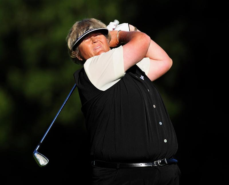 EVIAN-LES-BAINS, FRANCE - JULY 26:  Laura Davies of England plays her approach shot on the first hole during the final round of the Evian Masters at the Evian Masters Golf Club on July 25, 2009 in Evian-les-Bains, France.  (Photo by Stuart Franklin/Getty Images)