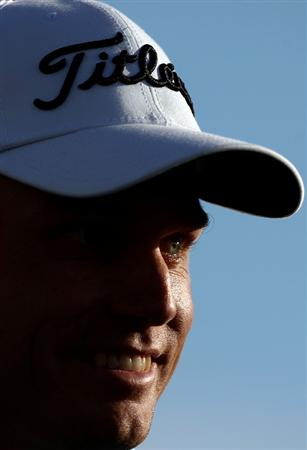 LA JOLLA, CA - FEBRUARY 08:  Nick Watney looks on the 18th green en route to his -11 under par victory during the Final Round of the Buick Invitational at the Torrey Pines North Course on February 8, 2009 in La Jolla, California. (Photo by Donald Miralle/Getty Images)