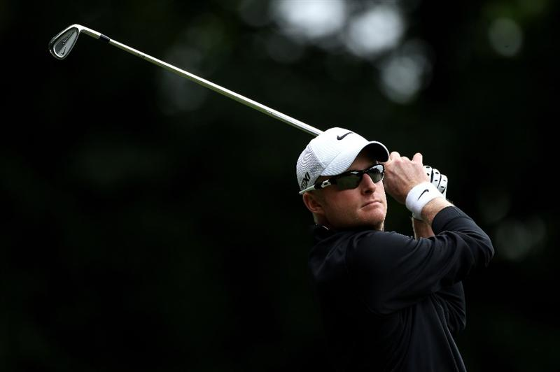 VIRGINIA WATER, ENGLAND - MAY 28:  Simon Dyson of England tees off on the 2nd hole during the third round of the BMW PGA Championship at the Wentworth Club on May 28, 2011 in Virginia Water, England.  (Photo by Warren Little/Getty Images)