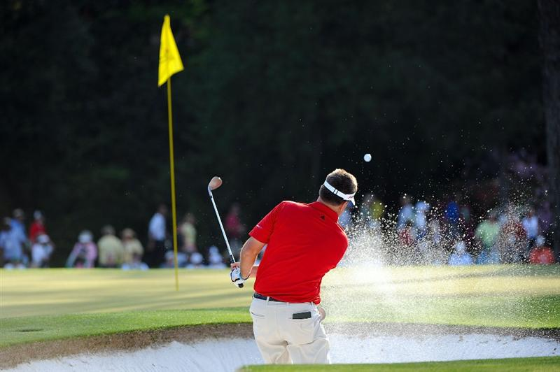 AUGUSTA, GA - APRIL 09:  Kenny Perry plays a bunker shot on the 15th hole during the first round of the 2009 Masters Tournament at Augusta National Golf Club on April 9, 2009 in Augusta, Georgia.  (Photo by Harry How/Getty Images)