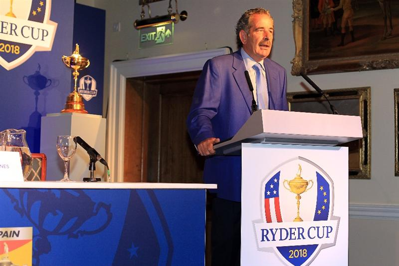 VIRGINIA WATER, ENGLAND - MAY 17:  Sam Torrance of Scotland former Ryder Cup Captain during the press conference for the official announcement of the host venue for the 2018 Ryder Cup at the Wentworth Club on May 17, 2011 in Virginia Water, England.  (Photo by David Cannon/Getty Images)