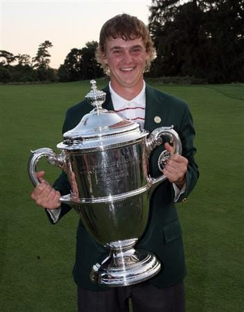 ARDMORE, PA - SEPTEMBER 13:  Bud Cauley of the USA with the trophy after the final afternoon singles matches on the East Course at Merion Golf Club on September 13, 2009 in Ardmore, Pennsylvania  (Photo by David Cannon/Getty Images)