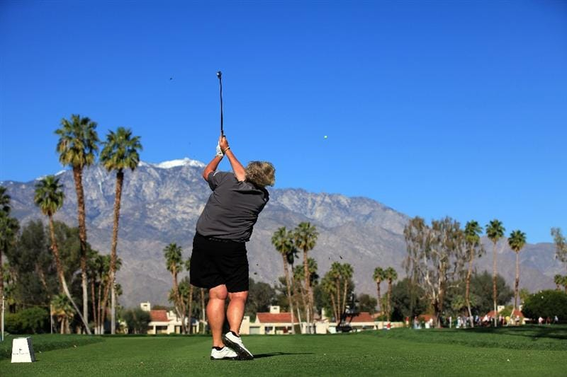 RANCHO MIRAGE, CA - MARCH 31: Laura Davies of England plays her tee shot at the par 3, 5th hole during the first round of the 2011 Kraft Nabisco Championship on the Dinah Shore Championship Course at the Mission Hills Country Club on March 31, 2011 in Rancho Mirage, California.  (Photo by David Cannon/Getty Images)
