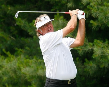 CROMWELL, CT - JUNE 22:  Tommy Armour III watches a tee shot from the 9th tee box during the final round of the Travelers Championship at TPC River Highlands held on June 22, 2008 in Cromwell, Connecticut. (Photo by Jim Rogash/Getty Images)