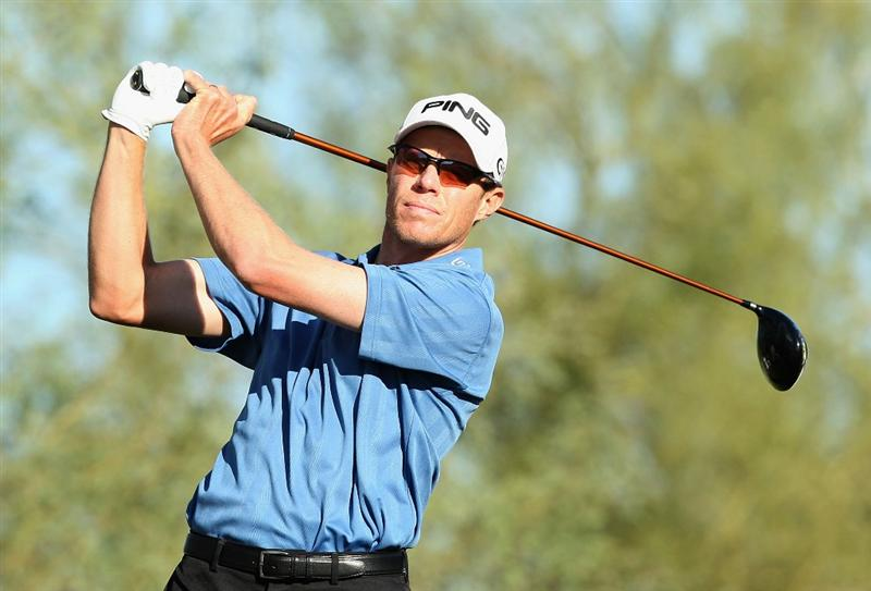SCOTTSDALE, AZ - OCTOBER 23:  Nick O'Hern of Australia hits a tee shot on the 18th hole during the second round of the Frys.com Open at Grayhawk Golf Club on October 23, 2009 in Scottsdale, Arizona.  (Photo by Christian Petersen/Getty Images)