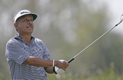 Vicente Fernandez during the first round of the ACE Group Classic held at the TwinEagles GC in Naples, Florida on February 17, 2006.Photo by Sam Greenwood/WireImage.com