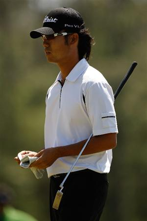 HUMBLE, TX - APRIL 02:  Kevin Na lines up a shot on the second hole during the first round of the Shell Houston Open at Redstone Golf Club April 2, 2009 in Humble, Texas.  (Photo by Chris Graythen/Getty Images)