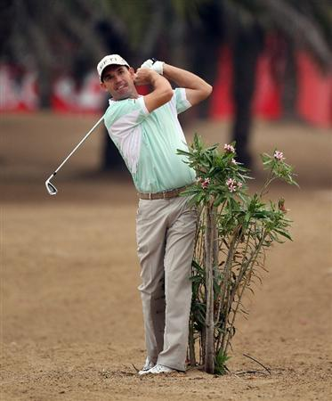 ABU DHABI, UNITED ARAB EMIRATES - JANUARY 20:  Padraig Harrington of Ireland during the first round of the Abu Dhabi HSBC Golf Championship at the Abu Dhabi Golf Club on January 20, 2011 in Abu Dhabi, United Arab Emirates.  (Photo by Ross Kinnaird/Getty Images)