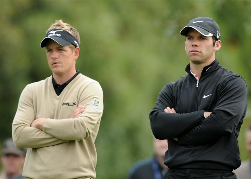 PACIFIC PALISADES, CA - FEBRUARY 18: Paul Casey of England and Luke Donald of England wait to play on the fourth hole during the second round of the Northern Trust Open at the Riviera Country Club on February 18, 2011 in Pacific Palisades, California.  (Photo by Harry How/Getty Images)