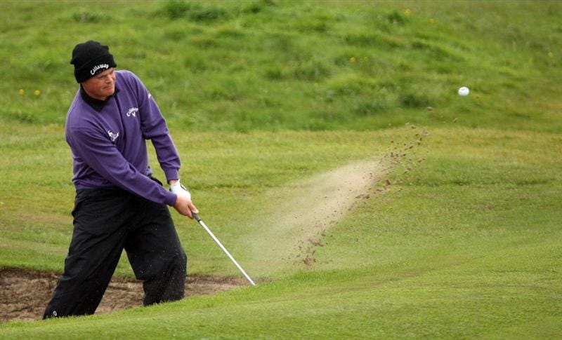 BALTRAY, IRELAND - MAY 14:  David Drysdale of Scotland on the 9th hole during the first round of The 3 Irish Open at County Louth Golf Club on May 14, 2009 in Baltray, Ireland.  (Photo by Ross Kinnaird/Getty Images)
