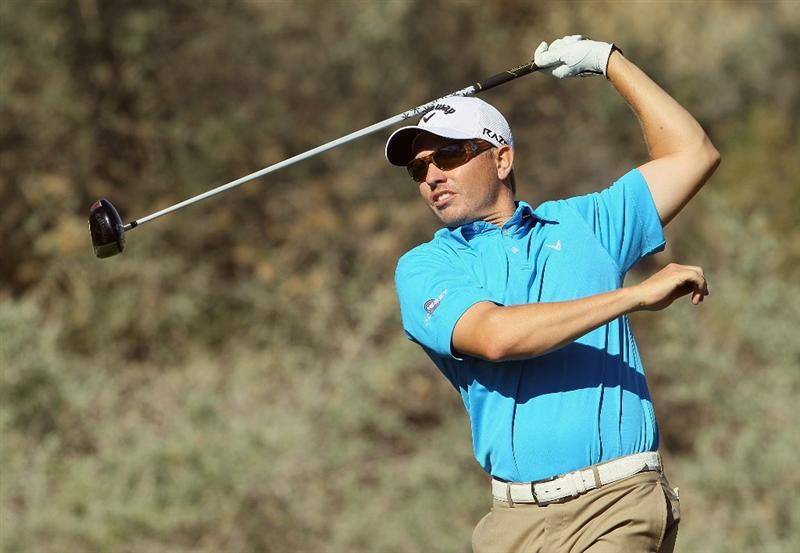 LA QUINTA, CA - JANUARY 20:  Derek Lamely hits an errant tee shot on the fifth hole during the second round of the Bob Hope Classic at the Nicklaus Private course at PGA West on January 20, 2011 in La Quinta, California.  (Photo by Jeff Gross/Getty Images)