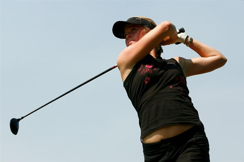 MELBOURNE, AUSTRALIA - FEBRUARY 13:  Lotta Wahlin of Sweden tees off on the ninth hole during day two of the 2009 Women's Australian Open held at the Metropolitan Golf Club February 13, 2009 in Melbourne, Australia.  (Photo by Quinn Rooney/Getty Images)