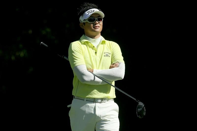PACIFIC PALISADES, CA - FEBRUARY 17:  Ryuji Imada of Japan waits on the tee on the 12th hole during round one of the Northern Trust Open at Riviera Counrty Club on February 17, 2011 in Pacific Palisades, California.  (Photo by Stephen Dunn/Getty Images)