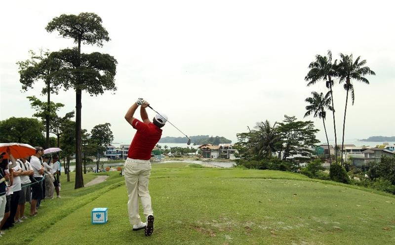 SINGAPORE - NOVEMBER 12:  Graeme McDowell of Northern Ireland in action during the Second Round of the Barclays Singapore Open at Sentosa Golf Club on November 12, 2010 in Singapore, Singapore.  (Photo by Ian Walton/Getty Images)