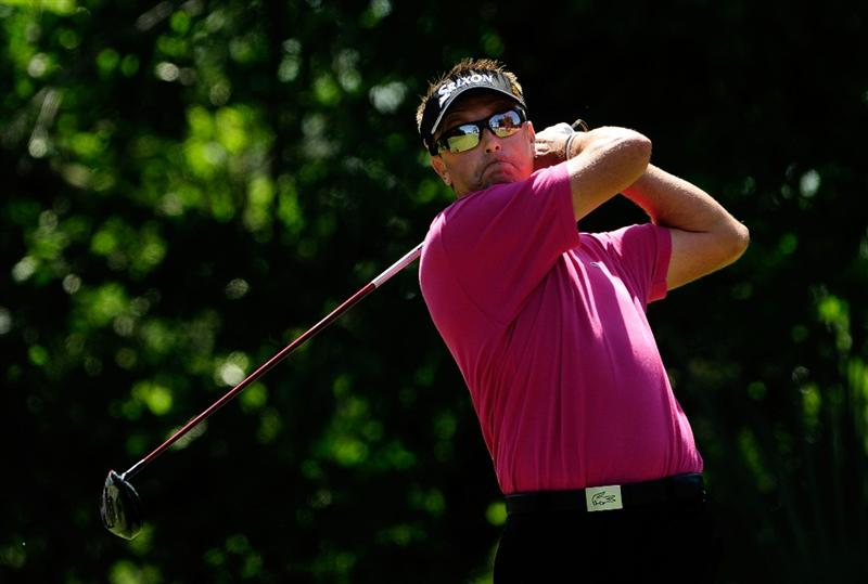 PONTE VEDRA BEACH, FL - MAY 09:  Robert Allenby of Australia hits his tee shot on the fifth hole during the final round of THE PLAYERS Championship held at THE PLAYERS Stadium course at TPC Sawgrass on May 9, 2010 in Ponte Vedra Beach, Florida.  (Photo by Sam Greenwood/Getty Images)