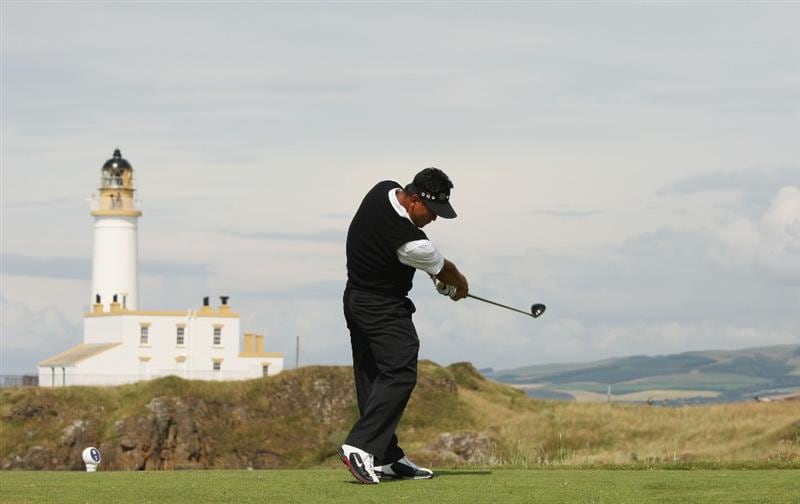 TURNBERRY, SCOTLAND - JULY 16:  K.J. Choi of Korea tees off on the 9th hole during round one of the 138th Open Championship on the Ailsa Course, Turnberry Golf Club on July 16, 2009 in Turnberry, Scotland.  (Photo by Ross Kinnaird/Getty Images)