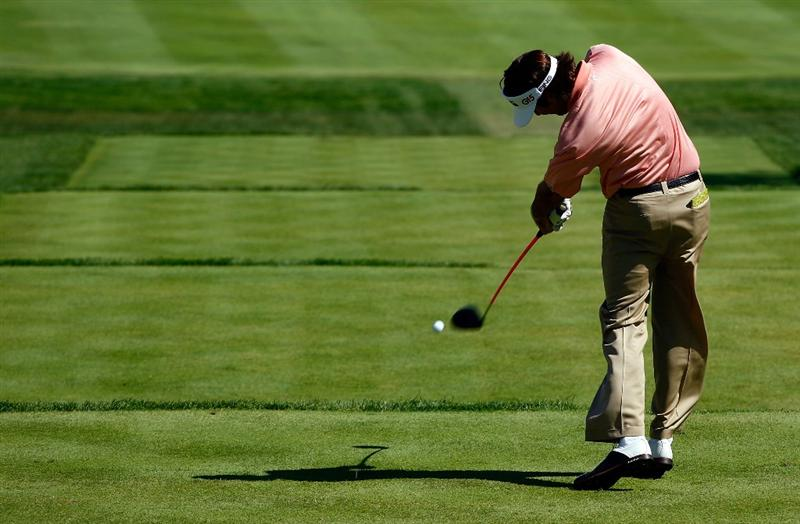 LEMONT, IL - SEPTEMBER 13:  Bubba Watson hits his tee shot on the fifth hole during the final round of the BMW Championship held at Cog Hill Golf & CC on September 13, 2009 in Lemont, Illinois.  (Photo by Scott Halleran/Getty Images)