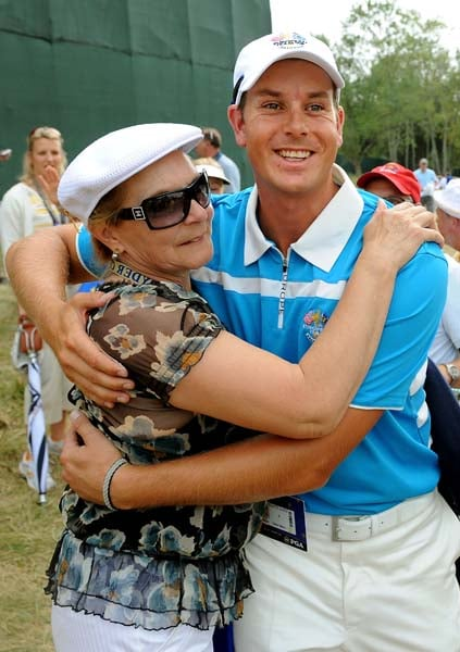 Henrik Stenson and his mother, Mona