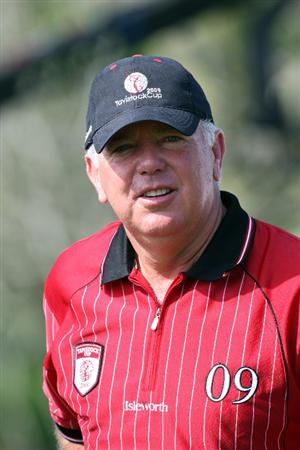 ORLANDO, FL - MARCH 16:  Mark O'Meara of the USA and Captain of the Isleworth Team on the 1st tee during the first day of the 2009 Tavistock Cup at the Lake Nona Golf and Country Club, on March 16, 2009 in Orlando, Florida  (Photo by David Cannon/Getty Images)