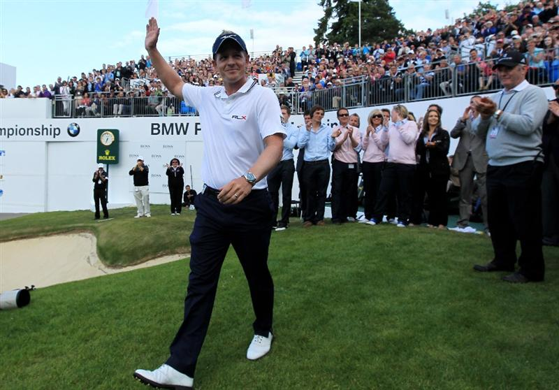 VIRGINIA WATER, ENGLAND - MAY 29:  Luke Donald of England acknowledges the crowd following his victory in a playoff on the 18th green, which also secured him the Number one World ranking during the final round of the BMW PGA Championship  at the Wentworth Club on May 29, 2011 in Virginia Water, England.  (Photo by David Cannon/Getty Images)