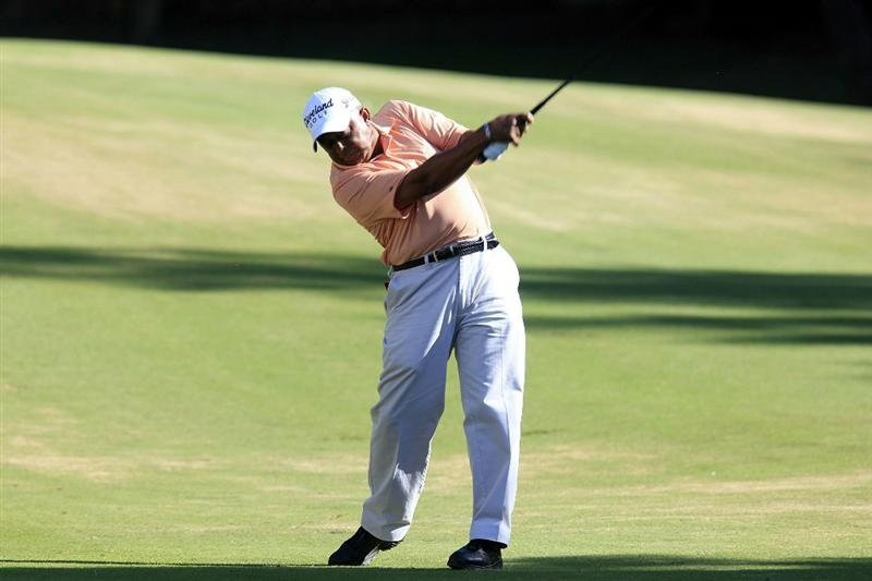 MARBELLA, SPAIN - OCTOBER 17:  Jerry Bruner of the US in action during the final round of the Benahavis Senior Masters played at La Quinta Golf & Country Club on October 17, 2010 in Marbella, Spain.  (Photo by Phil Inglis/Getty Images)