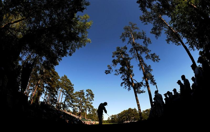 AUGUSTA, GA - APRIL 11:  Fred Couples hits his tee shot on the 14th hole during the final round of the 2010 Masters Tournament at Augusta National Golf Club on April 11, 2010 in Augusta, Georgia.  (Photo by Harry How/Getty Images)