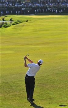 MEMPHIS, TN - JUNE 08: Justin Leonard hits his approach shot into the 18th green on the first playoff hole  during the fourth and final round of the Standford St. Jude Championship at the TPC Southwind on Sunday, June 8, 2008 in Memphis, Tennessee  (Photo by Marc Feldman/Getty Images)