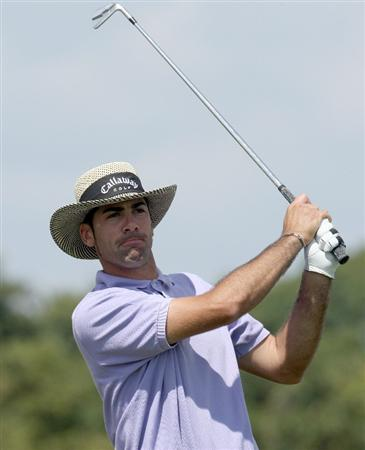 DORAL, FL - MARCH 11:  Alvaro Quiros of Spain tees off at the 9th hole during the final day of practice for the World Golf Championships-CA Championship at the Doral Golf Resort & Spa on March 11, 2009 in Miami, Florida  (Photo by David Cannon/Getty Images)