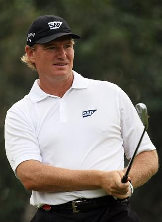 SHANGHAI, CHINA - NOVEMBER 08:  Ernie Els of South Africa on the 17th tee during the final round of the WGC - HSBC Champions at Sheshan International Golf Club on November 8, 2009 in Shanghai, China.  (Photo by Ross Kinnaird/Getty Images)