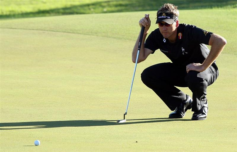 PERTH, AUSTRALIA - FEBRUARY 20:  Ian Poulter of England putting for par at the 11th hole during the second round of the 2009 Johnnie Walker Classic tournament at the Vines Resort and Country Club, on February 20, 2009, in Perth, Australia  (Photo by David Cannon/Getty Images)