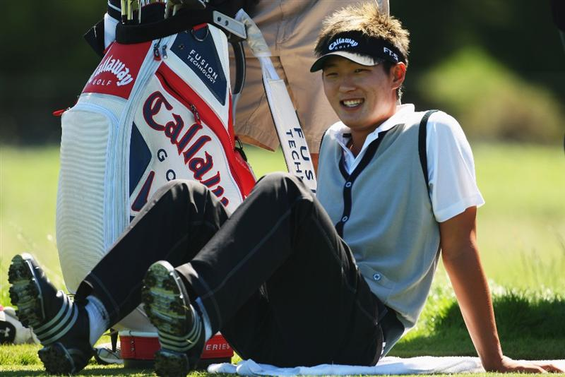 CHRISTCHURCH, NEW ZEALAND - MARCH 04:  Danny Lee of New Zealand waits to tee off on the 15th hole during the New Zealand PGA Championship Pro-Am at the Clearwater Golf Club March 04, 2009 in Christchurch, New Zealand.  (Photo by Phil Walter/Getty Images)
