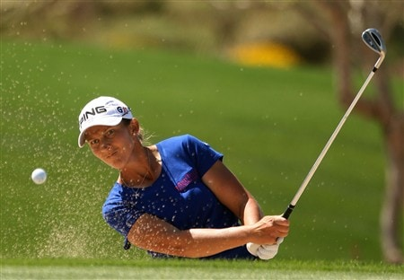 SUPERSTITION MOUNTAIN, ARIZONA - MARCH 30:  Angela Stanford plays a bunker shot on the seventh hole during the final round of the Safeway International at Superstition Mountain Golf and Country Club March 30, 2008 in Superstition Mountain, Arizona.  (Photo by Scott Halleran/Getty Images)