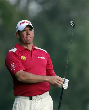 DUBAI, UNITED ARAB EMIRATES - FEBRUARY 10:  Lee Westwood of England on the par five 18th hole during the first round the Omega Dubai Desert Classic on the Majlis course at the Emirates Golf Club on February 10, 2011 in Dubai, United Arab Emirates.  (Photo by Ross Kinnaird/Getty Images)