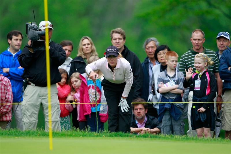 GLADSTONE, NJ - MAY 22:  Cristie Kerr lines up a chip on the sixth hole during her match against  Suzann Pettersen of Norway in the final of the Sybase Match Play Championship at Hamilton Farm Golf Club on May 22, 2011 in Gladstone, New Jersey.  (Photo by Chris Trotman/Getty Images)