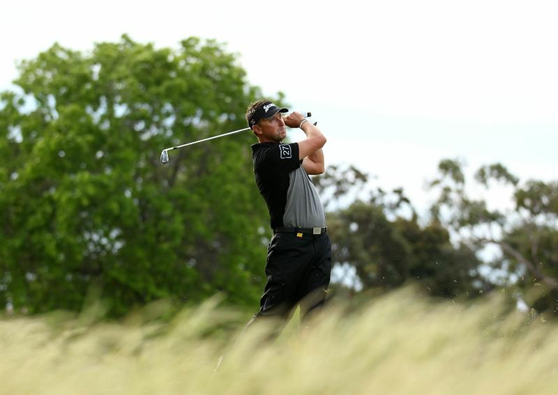MELBOURNE, AUSTRALIA - NOVEMBER 10:  Robert Allenby of Australia hits a shot off the fairway during the Pro-Am ahead of the Australian Masters at The Victoria Golf Club on November 10, 2010 in Melbourne, Australia.  (Photo by Robert Cianflone/Getty Images)