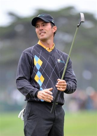 SAN FRANCISCO - OCTOBER 11:  Mike Weir of the International Team reacts to his missed putt on the 16th hole during the Day Four Singles Matches of The Presidents Cup at Harding Park Golf Course on October 11, 2009 in San Francisco, California.  (Photo by Harry How/Getty Images)