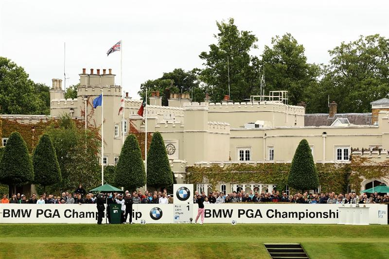 VIRGINIA WATER, ENGLAND - MAY 28:  Matteo Manassero of Italy tees off on the 1st hole during the third round of the BMW PGA Championship at the Wentworth Club on May 28, 2011 in Virginia Water, England.  (Photo by Ian Walton/Getty Images)
